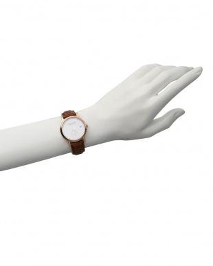 白 白×ブラウン LW37 腕時計|WOMENを見る