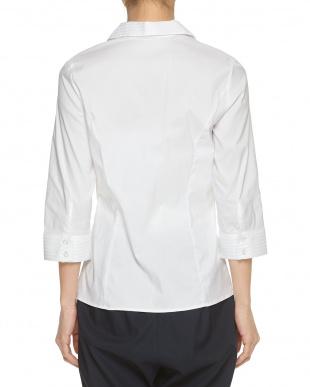 白 ホワイト ピエゴリーネ胸ギャザーシャツを見る
