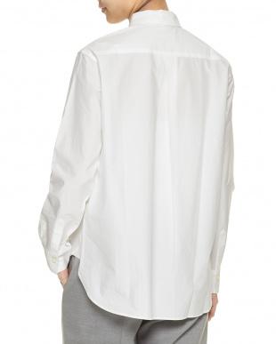 ホワイト バックタックビッグシルエットシャツを見る