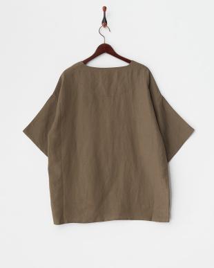 オリーブ1 リネン混プルオーバーシャツを見る