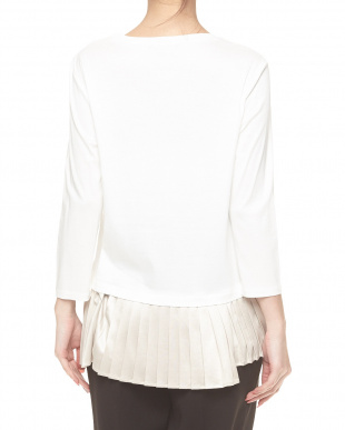 ホワイト 裾サテンプリーツ切り替えカットソーを見る