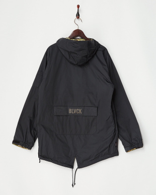 True Black Black Scale x Burton Raid Reversible Anorak見る
