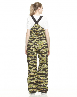 Big Tiger Black Scale x Burton Defender Bib Pant見る