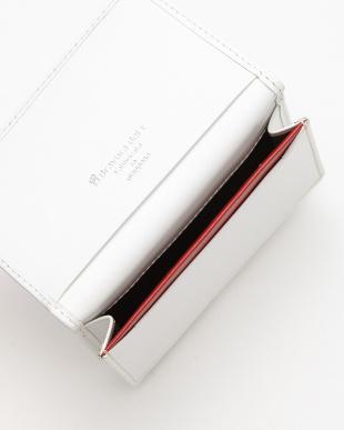 ホワイト レザーカードケースを見る