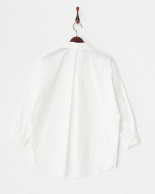 オフホワイト スキッパーシャツ見る