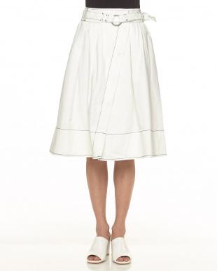 オフホワイト ラップ風デニムスカートを見る