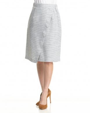 ミドルグレー ツイードラップデザインスカートを見る