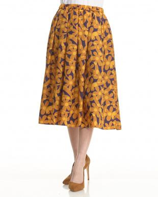 MUS/PUR クラシカルフラワーギャザースカートを見る