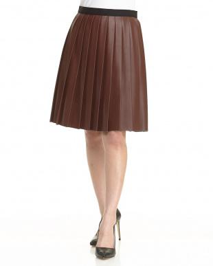 ブラウン フェイクレザープリーツスカートを見る