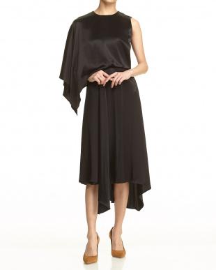 13 Black カラーサテンフェイクレイヤードドレス見る