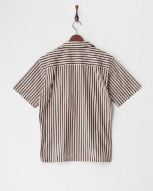 ベージュ ストライプパイピングオープンカラーシャツを見る