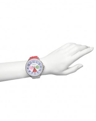 ピンク×ホワイト クレイジークリスタル クロノグラフ腕時計を見る