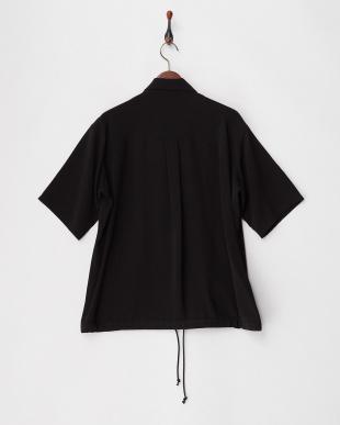ブラック フロントZIPシャツを見る