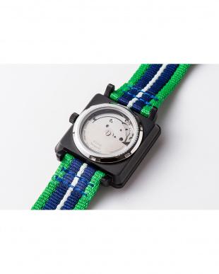 グリーン APR スクエア腕時計|UNISEX見る