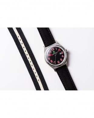 ブラック ASC キャンバスベルト ラウンド腕時計|UNISEX見る