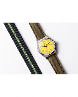 イエロー ASC キャンバスベルト ラウンド腕時計|UNISEX見る