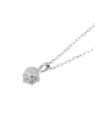K18WG 天然ダイヤモンド0.1ct SIクラス ネックレスを見る