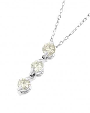 K18WG 天然ダイヤモンド0.1ct スリーストーン ネックレスを見る