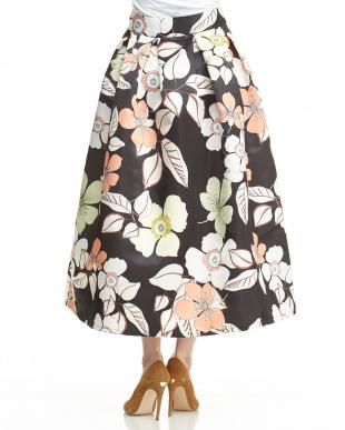 ブラック 花柄タック入り ポリエステルスカートを見る