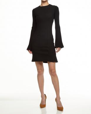 009 ブラック バック裾フレア リブ切り替えドレス見る