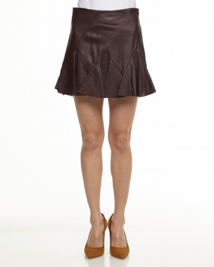 053 ブラウン 羊革切り替えフレアスカートを見る