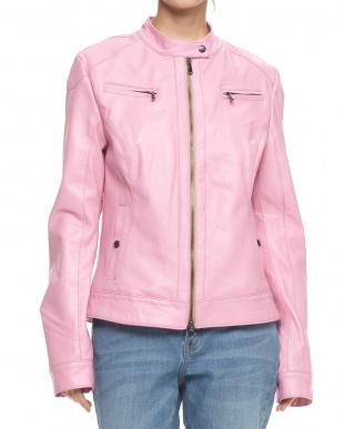 ピンク ラムレザー スタンドジャケットを見る