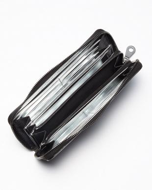 ブラック×シルバー 裏メタリック シボ革ジップ長財布見る