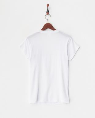 ホワイト 深Vネック2分袖シャツ 通気性コントール 吸水速乾 汗ジミ対応 2点セットを見る