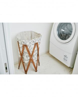 ボタニカル×ブラウン ナチュラルな洗濯かご Laundry Hamper(ランドリーハンパー)を見る