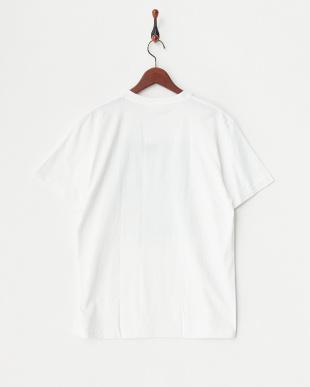 ホワイト プリントTシャツを見る