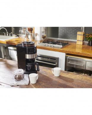 シルバー siroca コーン式全自動コーヒーメーカー SC-C111を見る