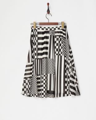 ホワイト系 ブロックプリントプリーツスカートを見る