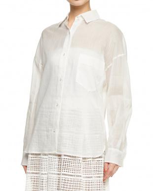 ホワイト コットンラミーローンビッグシャツを見る