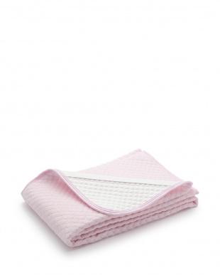 ピンク さらさらとした肌ざわりの敷きパッド シングルを見る