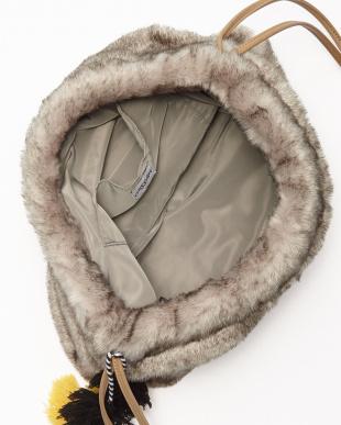 GRAY エスキモー刺繍巾着バッグ見る
