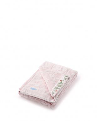 ピンク いちご柄刺しゅう入りバスタオル見る