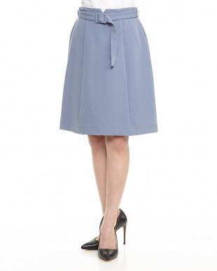 BLUE Haベルト付きタイトスカートを見る