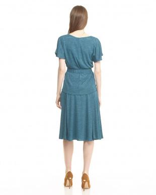 cornflower blue pattern COROLLA トップス+スカート セットを見る