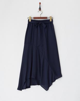 ネイビー ランダムヘムジョーゼットスカートを見る