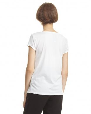 スタイル ベーシックTシャツを見る