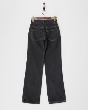 ブラック ストレートデニム パンツを見る