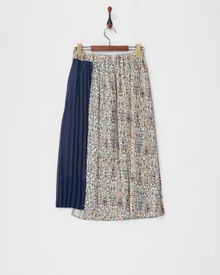 オフ アシメントリーデザインプリーツスカートを見る