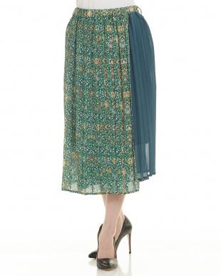 グリーン アシメントリーデザインプリーツスカート見る