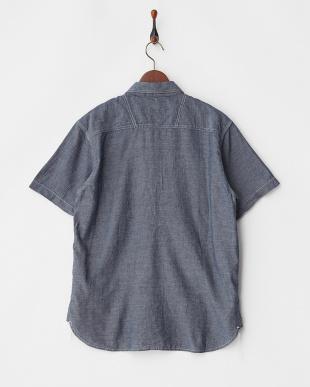 INDIGO ワッペン付きシャンブレーワークシャツを見る