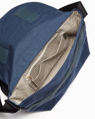 NV(ネイビー) 日本製 コーデュラナイロン×栃木レザーショルダーバッグ/メッセンジャーバッグ見る