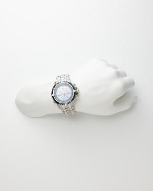 シルバー Eco-Drive 海外モデル時計│MENを見る