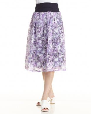 ブルー 花プリントスカートを見る