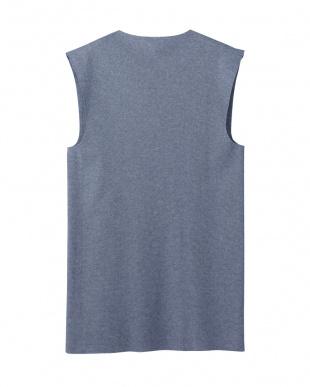 ネービーモク Vネックスリーブレスシャツ見る