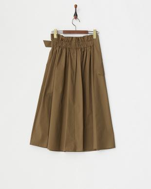 カーキ ベルテッドスカート見る
