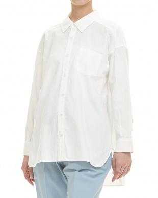 ホワイト オフホワイト 草木染シャツ|WOMENを見る